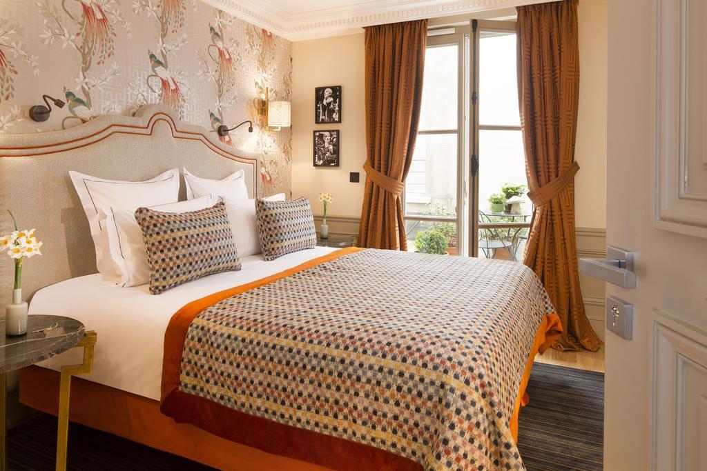 Just Checked Out: Le Saint Hotel, Paris