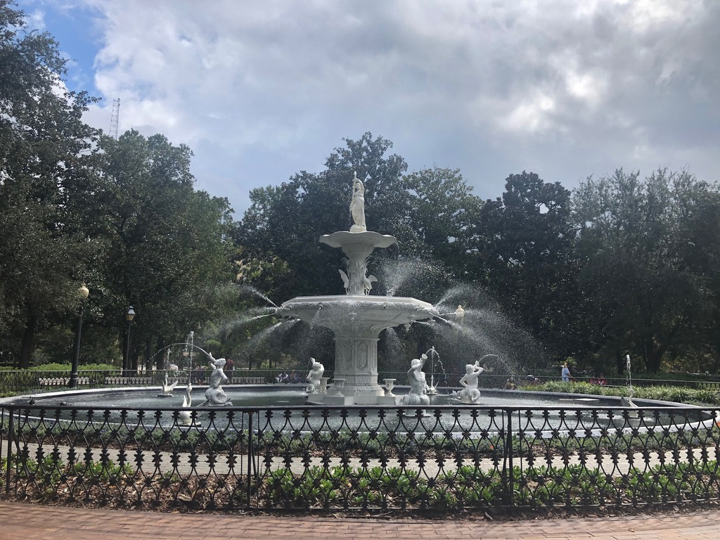 Savannah City Guide: Postcard From Savannah